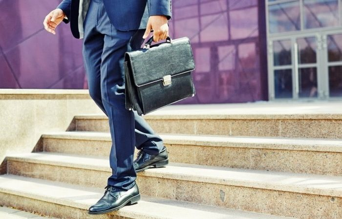 استعفای سه نفر از مدیران ارشد صرافی کوین بیس در طی 6 ماه